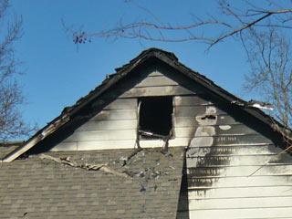 House fire strikes East Huntsville neighborhood