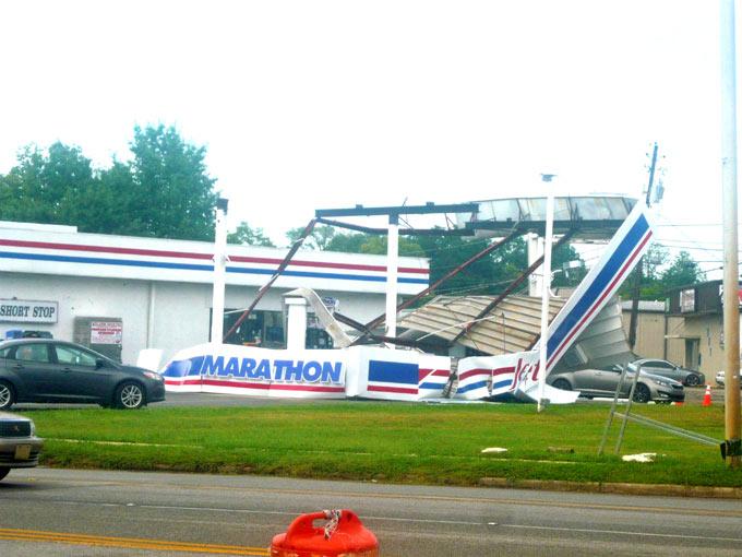 Storms Reeks Havoc In Downtown Huntsville